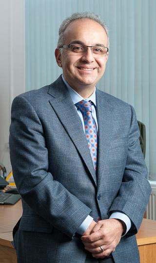 尤仁名 (Ramin Younessi)被擢升为卡特彼勒能源与交通事业部总裁