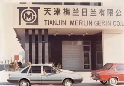 1987年,施耐德电气在天津成立了第一家合资工厂